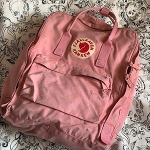 Fjallraven Kanken original light pink